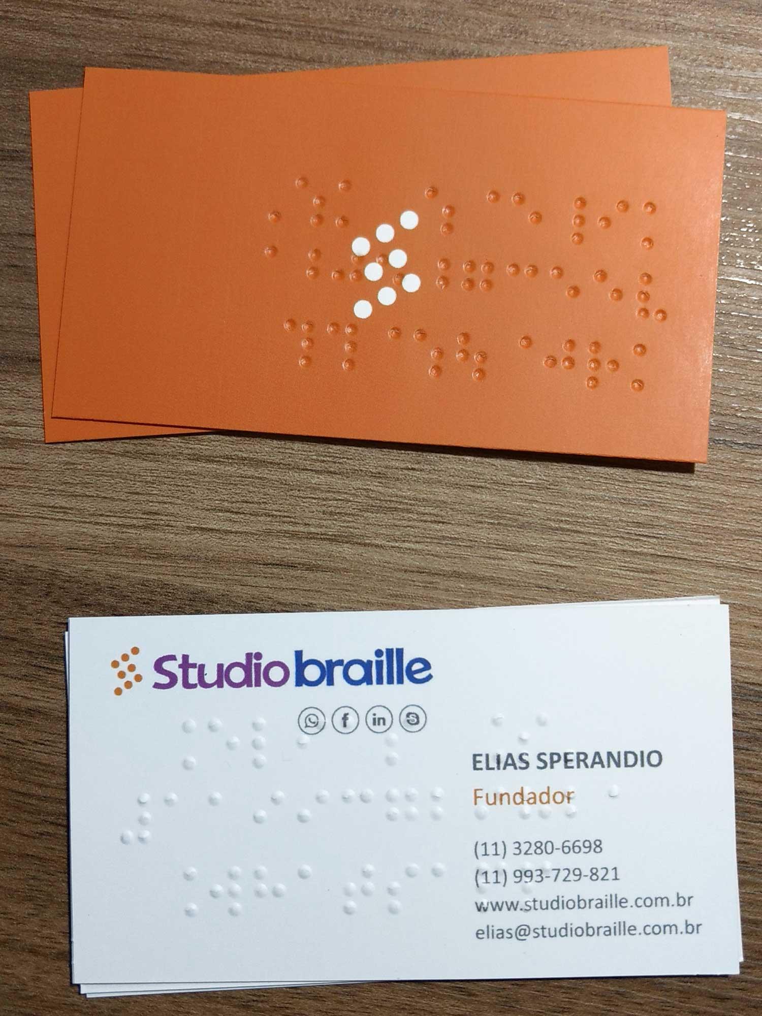 Catão de visitas em braille